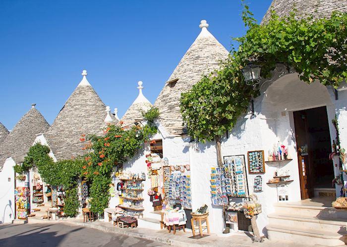 Trulli shops, Alberobello