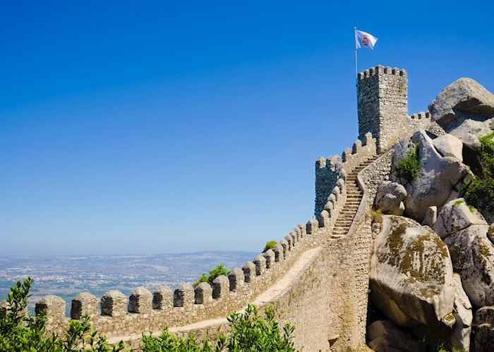 Castle wall, Sintra