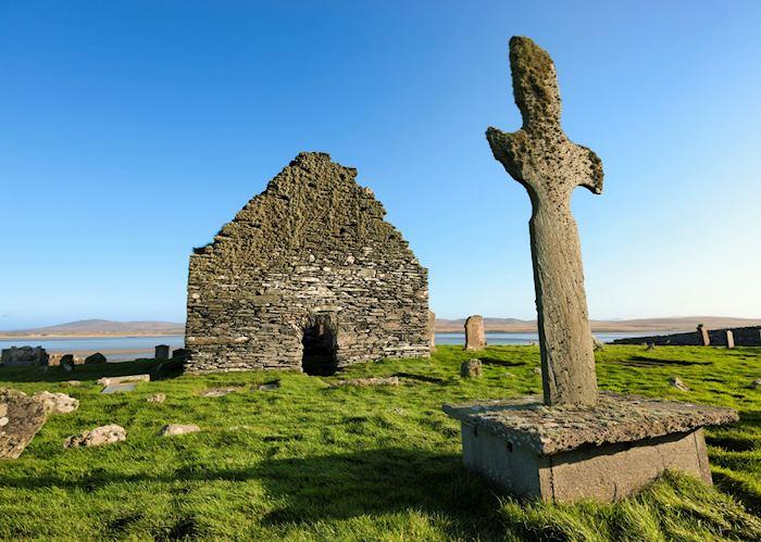 Kilnave cross and chapel