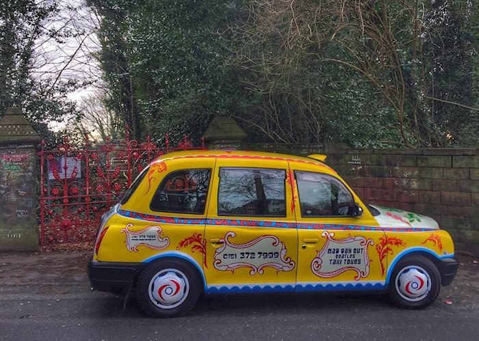 Rickenbacker taxi