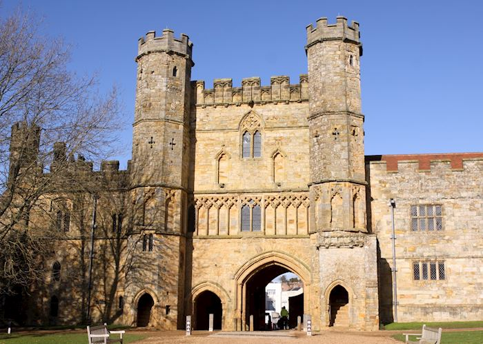 Battle Abbey gatehouse