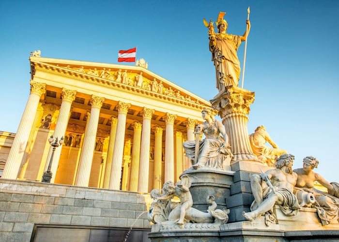 Statue of Athena in front of Austrian Parliament