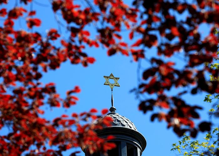 Jewish star on top of a chapel, Berlin