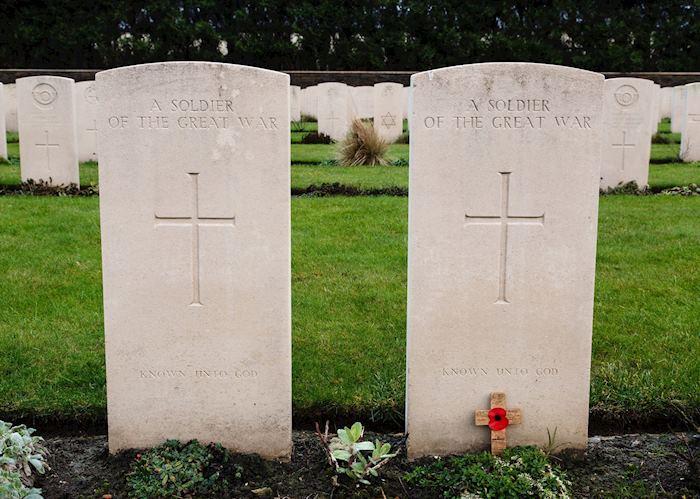 Ramscappelle Military Cemetery, Sint-Joris