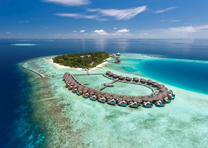 Baros Maldives, Maldive Island