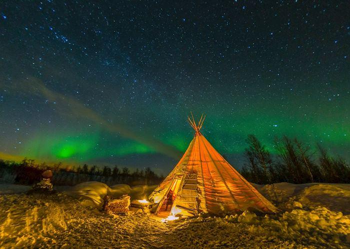Dinner under the northern lights