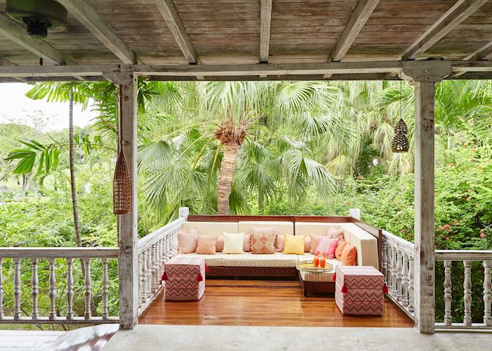 Relaxation area with jungle views