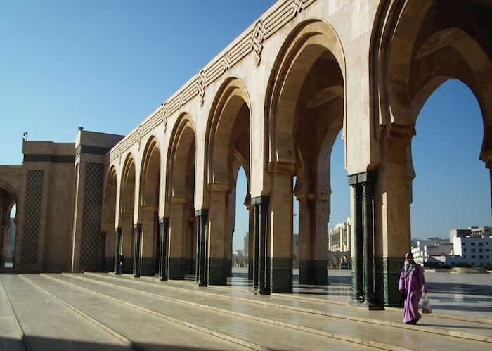 Woman outside the Hassan II mosque. Casablanca, Morocco