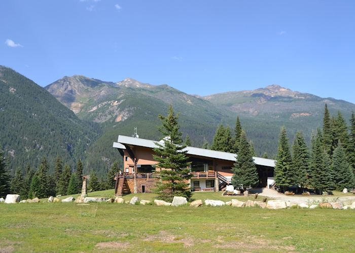 Heli-hiking at Bobbie Burns Lodge , Banff