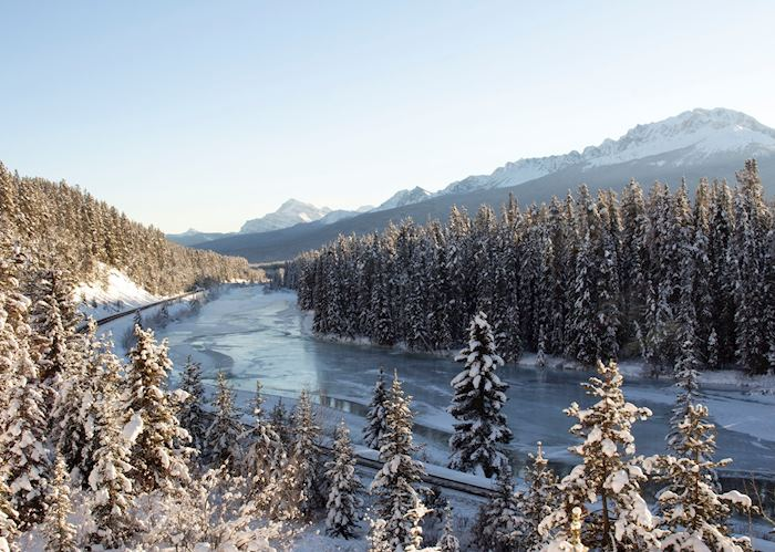 Scenery around Morants Curve, Lake Louise