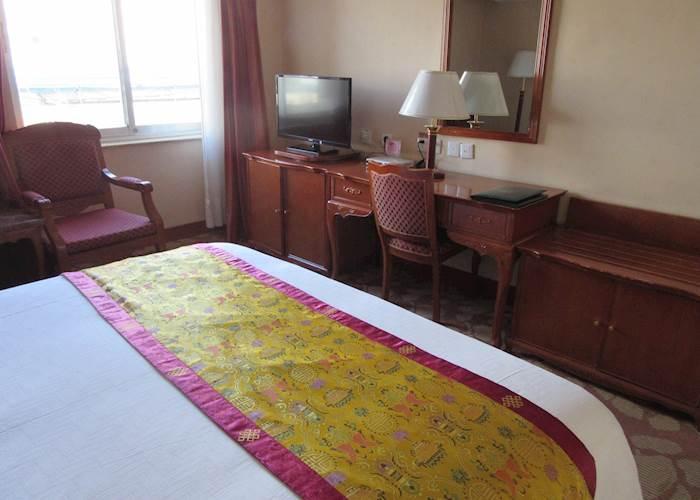 Tsetang Hotel Standard Room