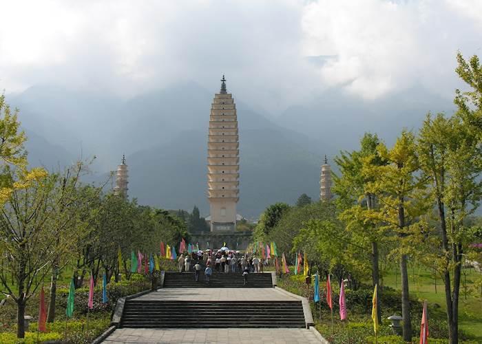The Three Pagodas, Dali