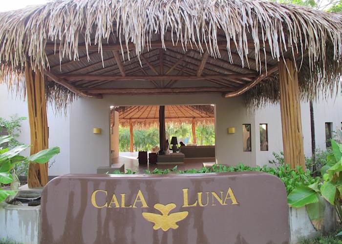 Entrance of Cala Luna, Tamarindo