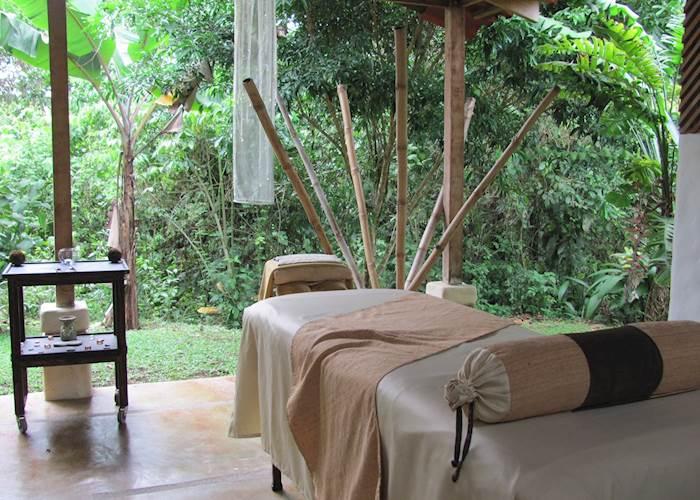 Massage table, Casa Luna