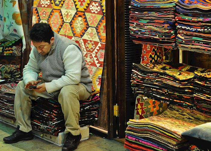 Capet seller, Grand Bazaar