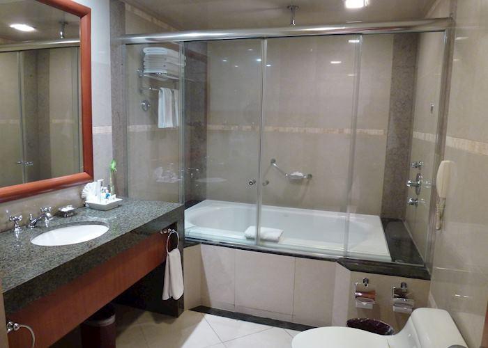 Oro Verde, Guayaquil - Club bathroom