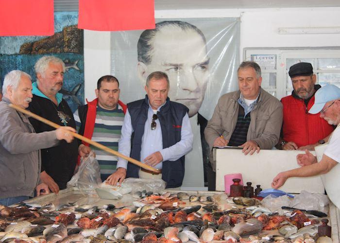 Alacati fish market