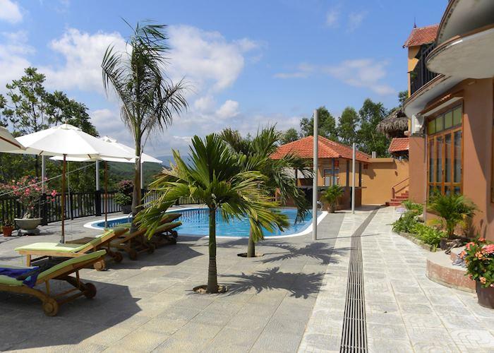 Phong Nha Lakehouse Resort