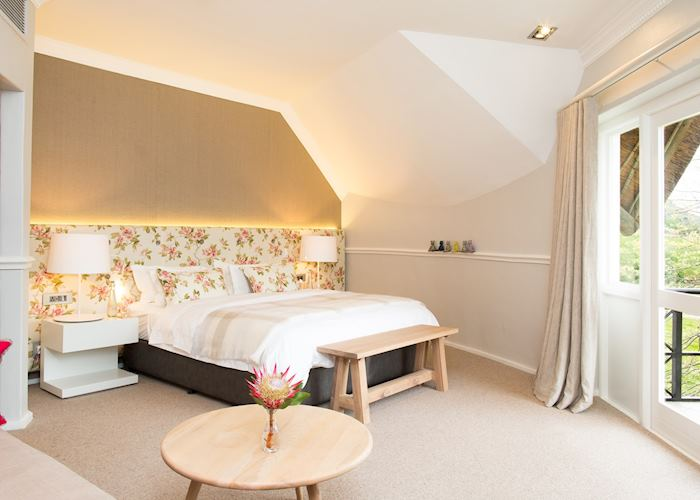 Merlot room at Mont Rochelle