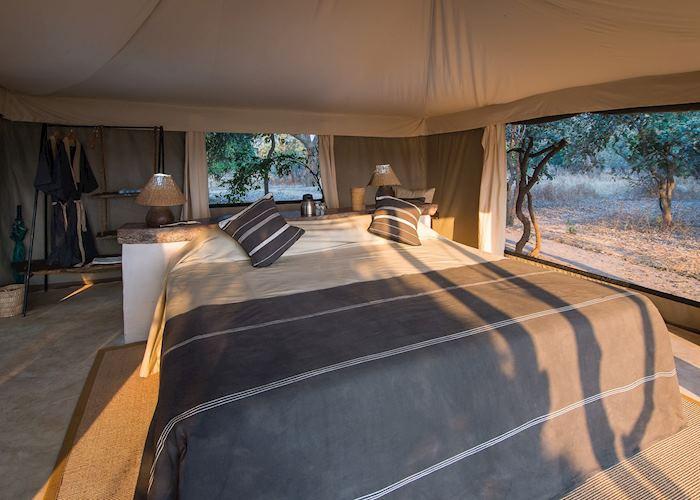 Double tent at Tena Tena