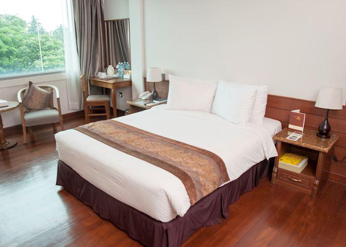 Hotel M, Yangon (Rangoon)