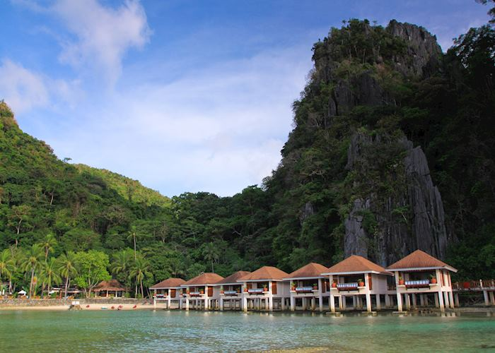 Water cottages at El Nido Lagen resort