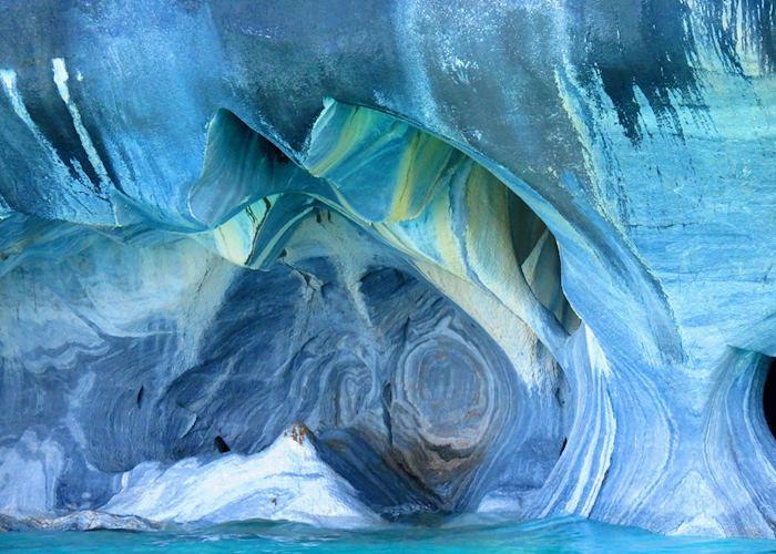 Marble Caves. Lago General Carrera, Aisen