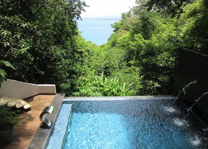 Makanda private plunge pool
