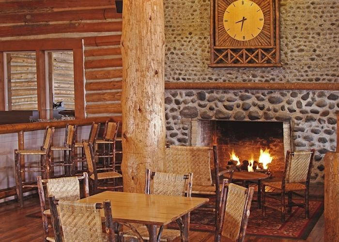 Lake Lodge Cabins lobby