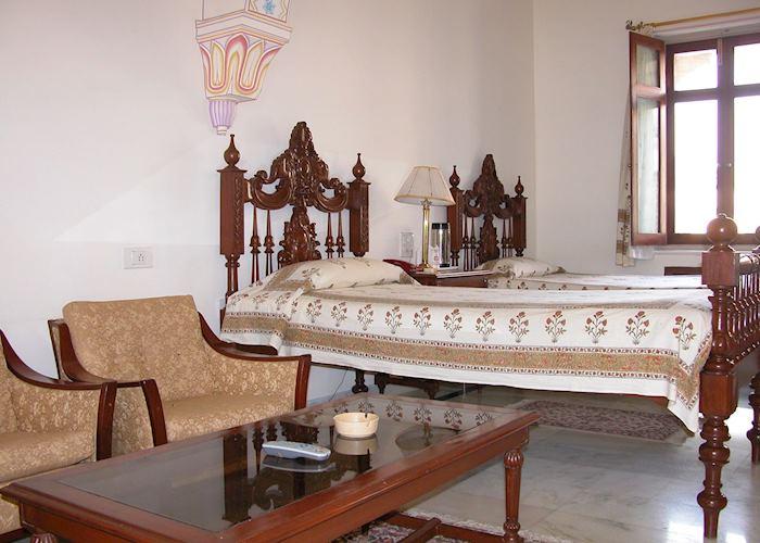 Amar Mahal, Orchha