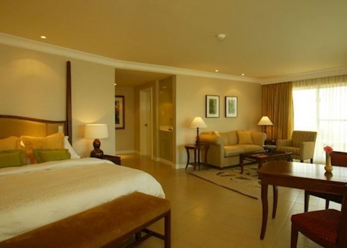 Junior Suite, Taal Vista Lodge, Tagaytay