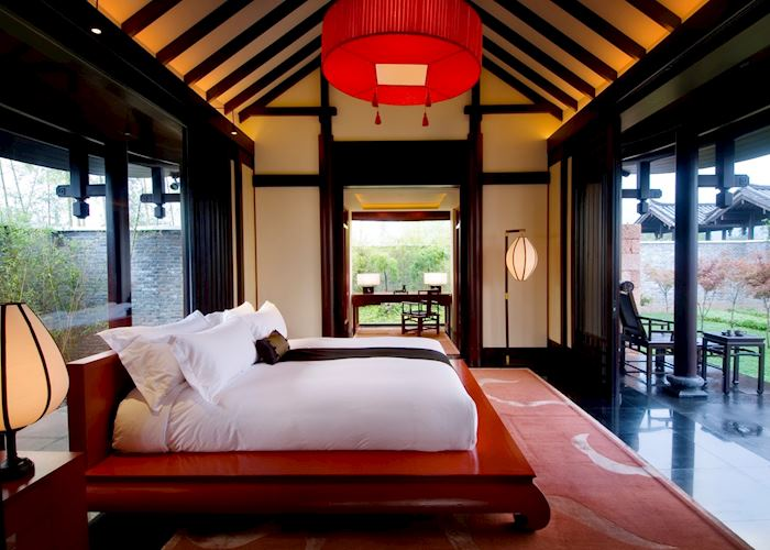 Garden Villa Bedroom, Banyan Tree, Lijiang