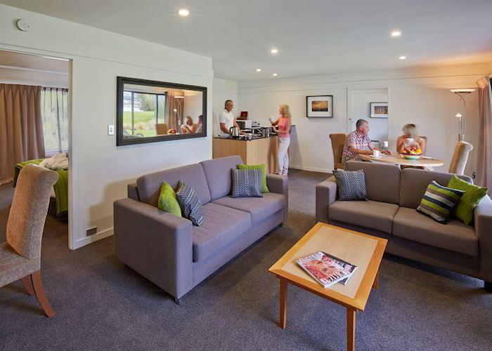Suite Living Area, Edgewater, Wanaka