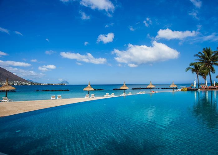 Infinity Pool, Sands Suites Resort & Spa, Mauritius