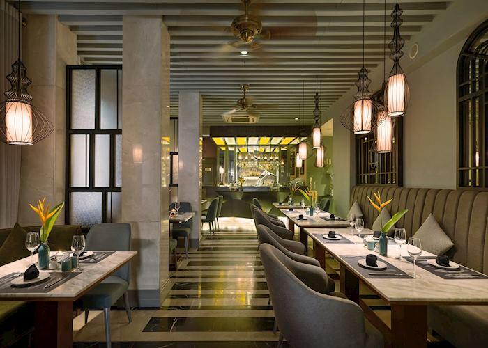 Restaurant, Essence Hanoi