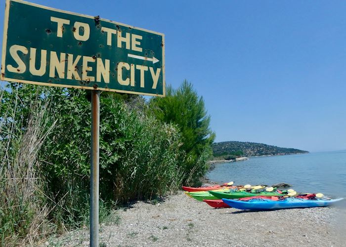 Sunken ruins kayaking adventure, Epidavros