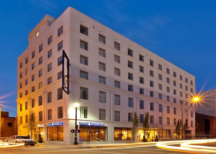 Hotel Indigo exterior, Baton Rouge