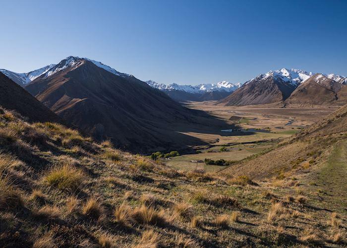 Ahuriri Valley Views