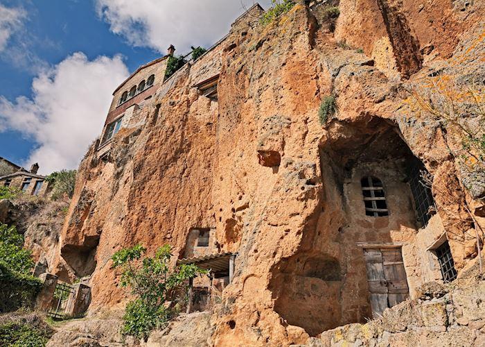 Tufo caves, Orvieto