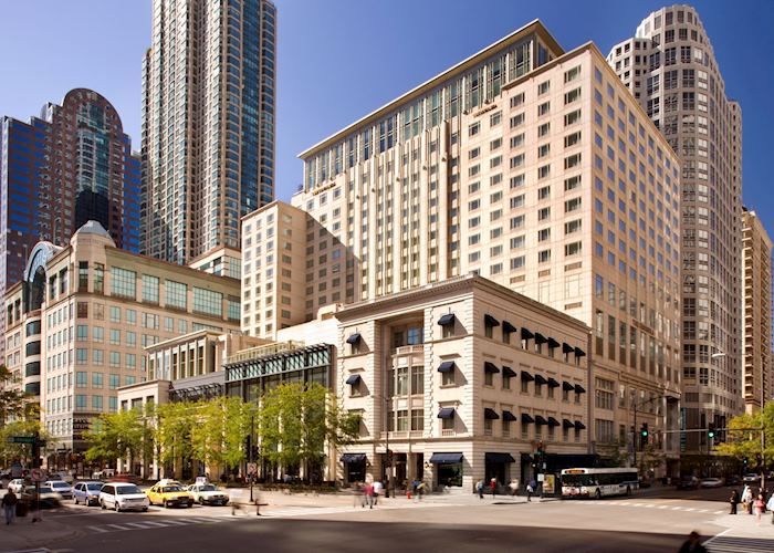The Peninsula Chicago - Exterior