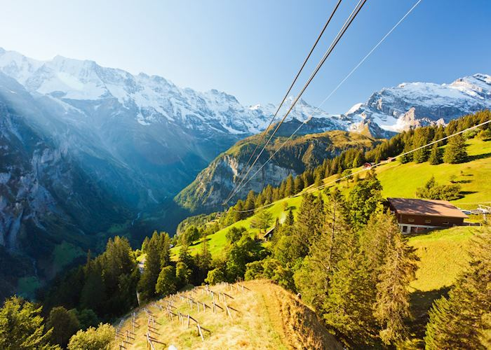Heading up the Schilthorn
