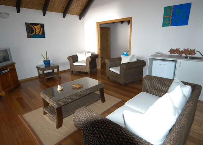 Manea beachfront suite, Are Tamanu Beach Village, Aitutaki