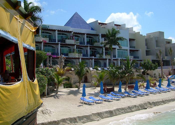 Villa Rolandi, Isla Mujeres