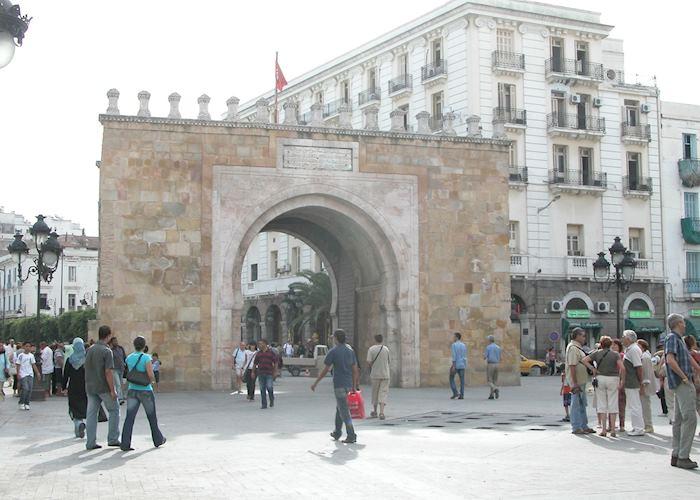 Bab al-Bhar, Tunis