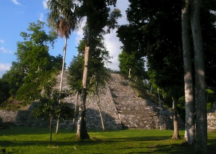 Yaxha temples