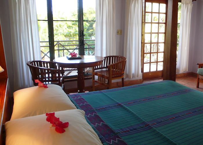 Beachfront Deluxe room, Hamanasi Adventure and Dive Resort, Hopkins
