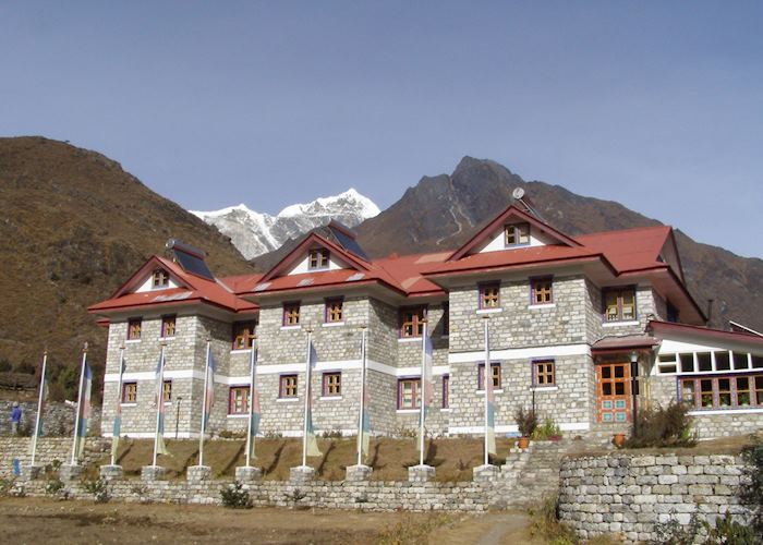 Everest Summit Lodge, Tashinga