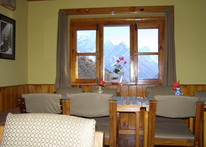 Dining room, Everest Summit Lodge Mende