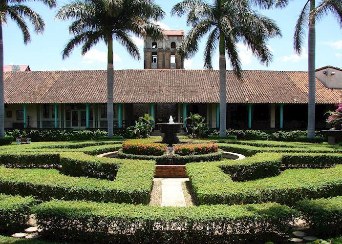 El Convento, Leon