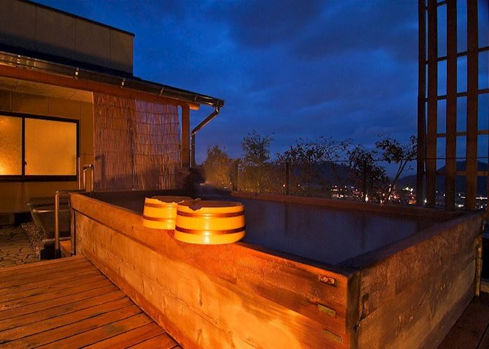 Outdoor rotemburo hot tub